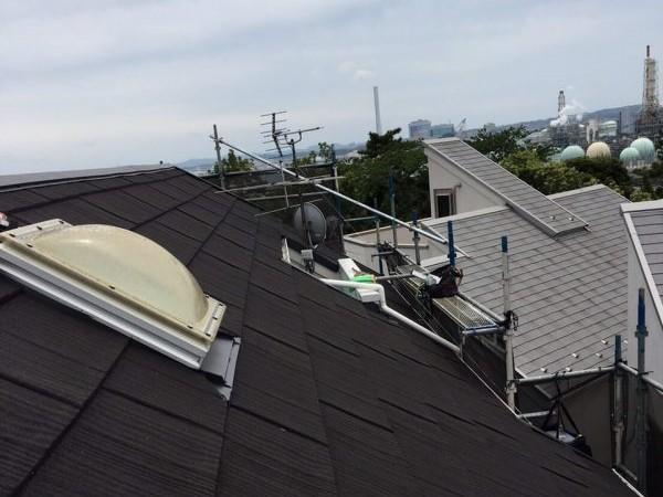 リフォーム施工中屋根重ね葺き工事・外壁塗装工事【27】横浜市中区Y様