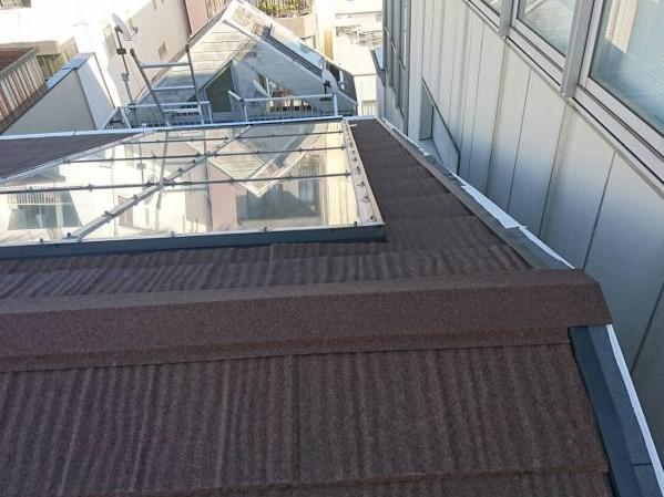 施工後屋根重ね葺き工事・天窓コーキング工事【31】横浜市中区H様