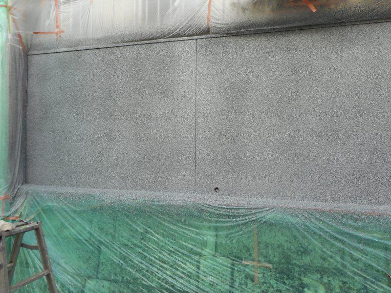リフォーム施工中壁の石葺き塗装【49】横浜市青葉区I様