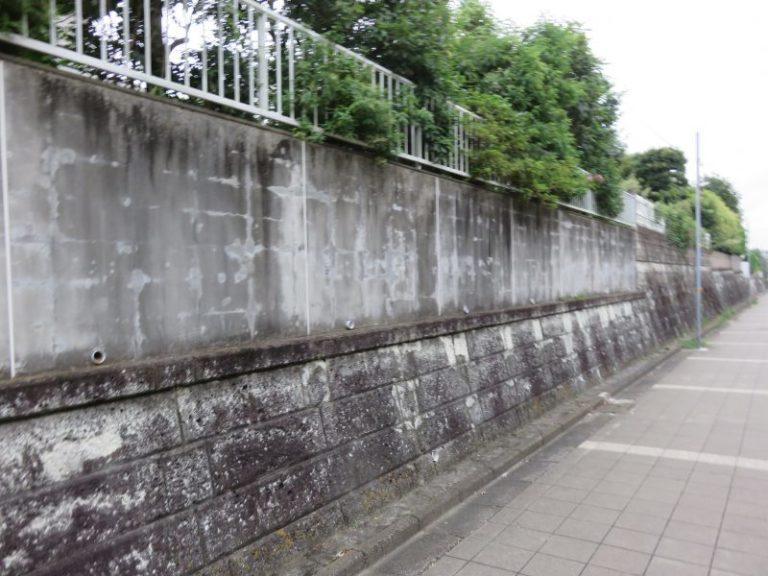 施工前壁の石葺き塗装【49】横浜市青葉区I様