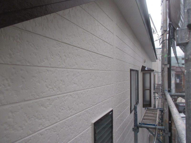 リフォーム施工中屋根重ね葺き工事・外壁塗装工事【113】川崎市中原区M様