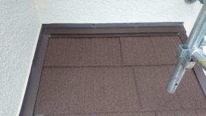 リフォーム施工中屋根重ね葺き工事・下屋根塗装工事【134】横浜市都筑区S様