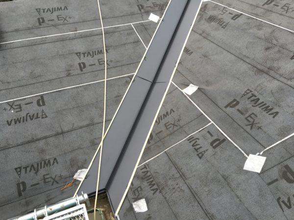 リフォーム施工中屋根重ね葺き工事【137】大和市I様邸