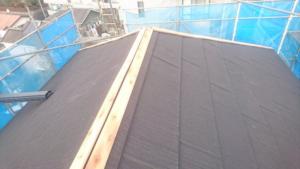 リフォーム施工中屋根重ね葺き工事、外壁塗装【123】横浜市青葉区Y様