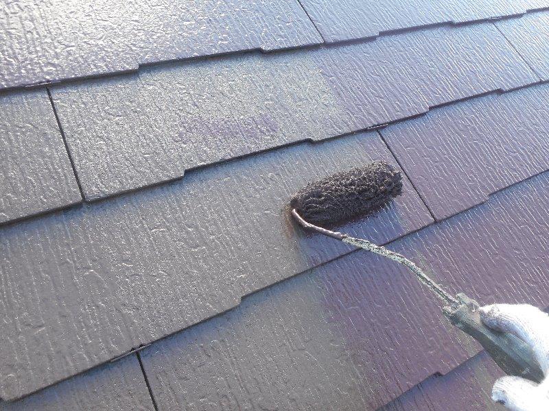 リフォーム施工中屋根塗装工事、棟板金工事