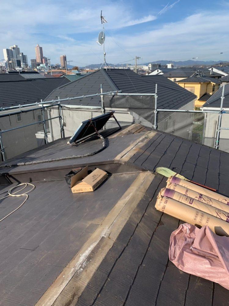 リフォーム施工中屋根重ね葺き、外壁塗装【129】相模原市Y様