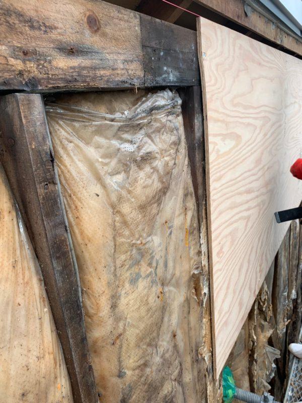 リフォーム施工中屋根重ね葺き工事、サイディング工事【158】東京都渋谷区N様