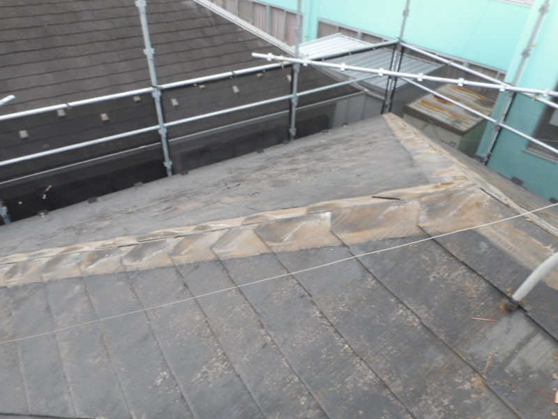 リフォーム施工中屋根重ね葺き、外壁塗装、雨樋交換、破風板金取付【161】横浜市青葉区N様