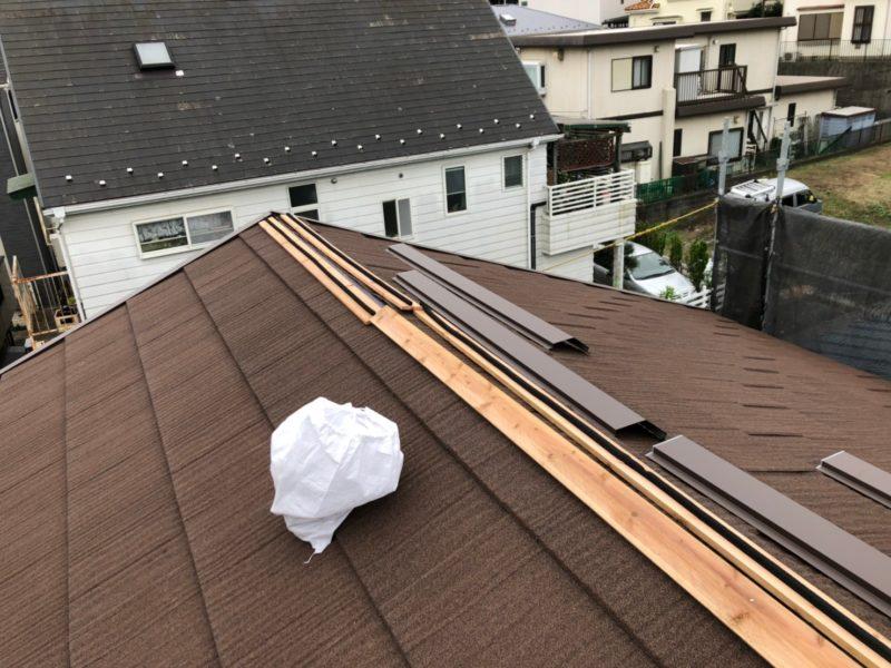 リフォーム施工中屋根重ね葺き工事、外壁塗装工事【178】相模原市T様
