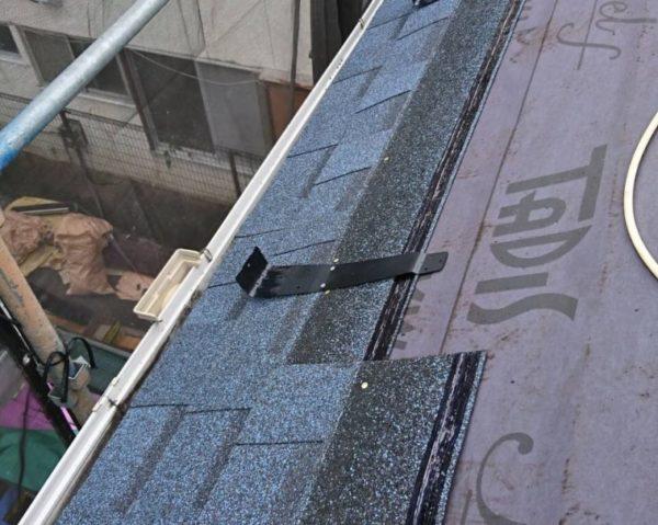 リフォーム施工中屋根重ね葺き工事【233】