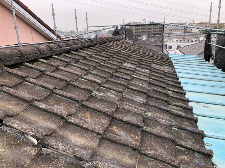 施工前屋根葺き替え工事(和瓦&瓦棒)、破風板金取付工事、雨樋交換工事【226】