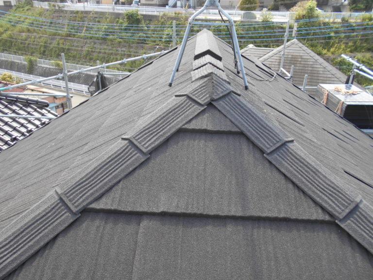 施工後屋根重ね葺き工事、太陽光パネル脱着工事【241】