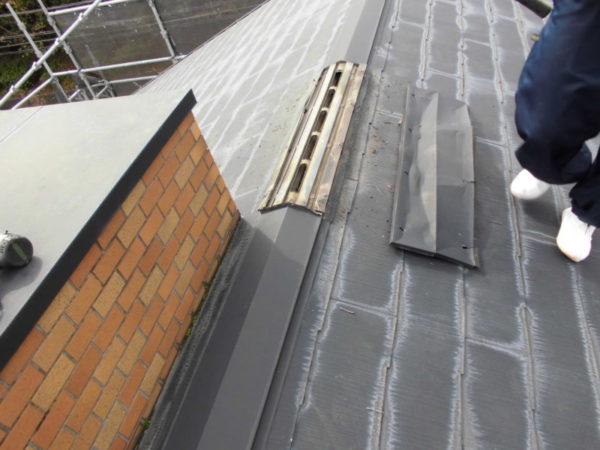 施工前屋根重ね葺き工事、外壁塗装工事、雨樋交換工事【245】